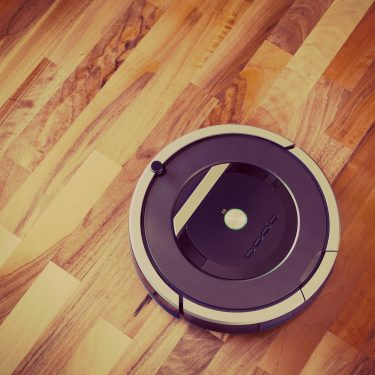 roomba, irobot, robotic vacuum, buying a roomba, roomba review, 2017, Pros and Cons, smart cleaning