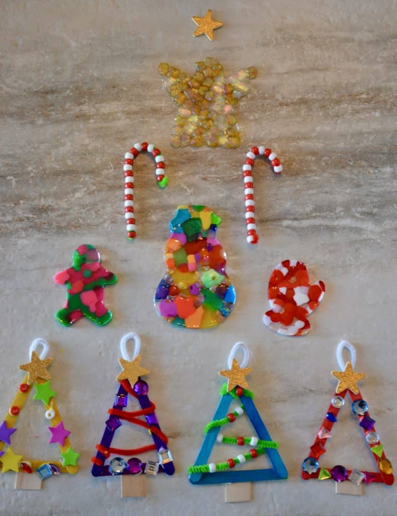 #christmascrafts #holidaycrafts #preschoolcrafts #christmasornaments #craftsforpreschoolers #beadornament #holidaymemories #ourhappyhive