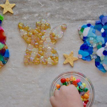 #christmascrafts #holidaycrafts #preschoolcrafts #christmasornaments #craftsforpreschoolers #beadornament #holidaymemories #ourhappyhive