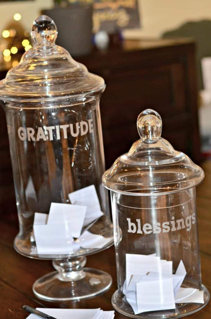 #gratitudejar #attitudeofgratitude #reflection #family #familytraditions #traditions #ourhappyhive