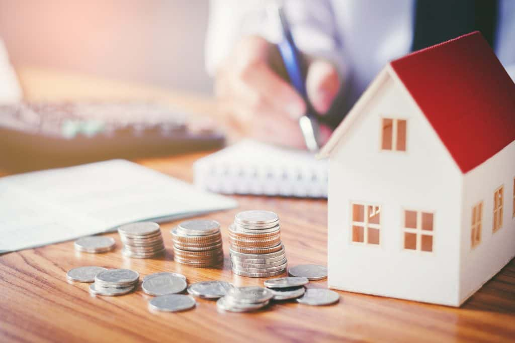 Even an additional $50 a month can reduce your mortgage by thousands of dollars over time. Learn othe tips to pay off your mortgage faster and become debt free. | #mortgage #debtfree #financialfreedom #howto