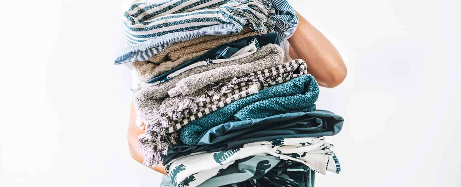 16 Things Marie Kondo Says Everyone Should Discard